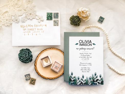 custom wedding invitations (1 of 2).jpg