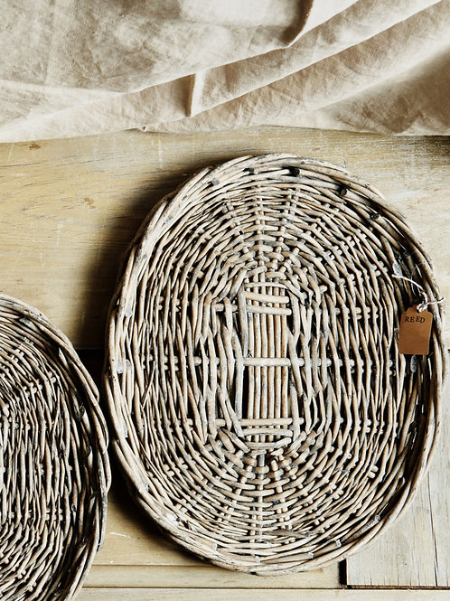 Oval Wicker Tray -Medium
