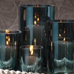 blue vases.png