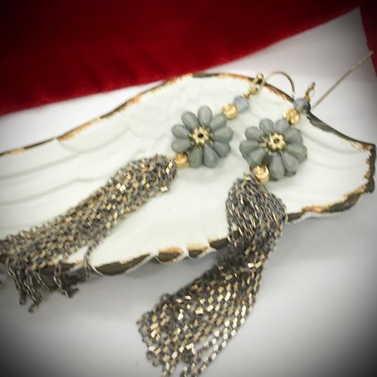Vintage Feel Jewelry