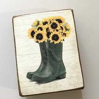 sunflower wellies block.jpeg