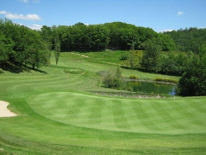 golf-mezeyrac_w2000_trous_n°6.jpg