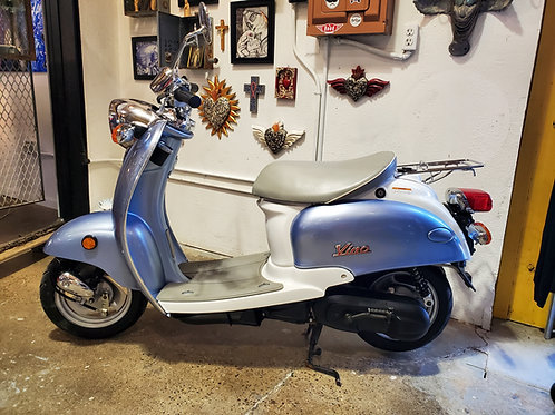 50 cc Yamaha Vino Scooter