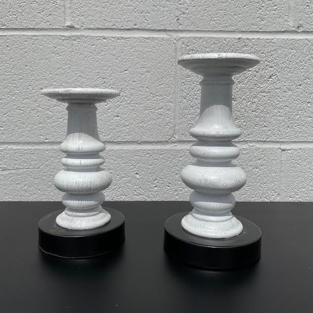 Set of 2 Gray Distressed Candleholder