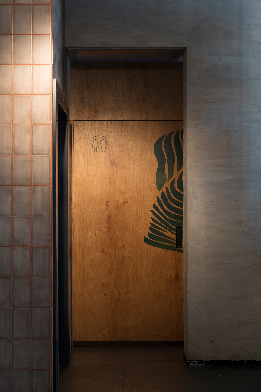WC entrance