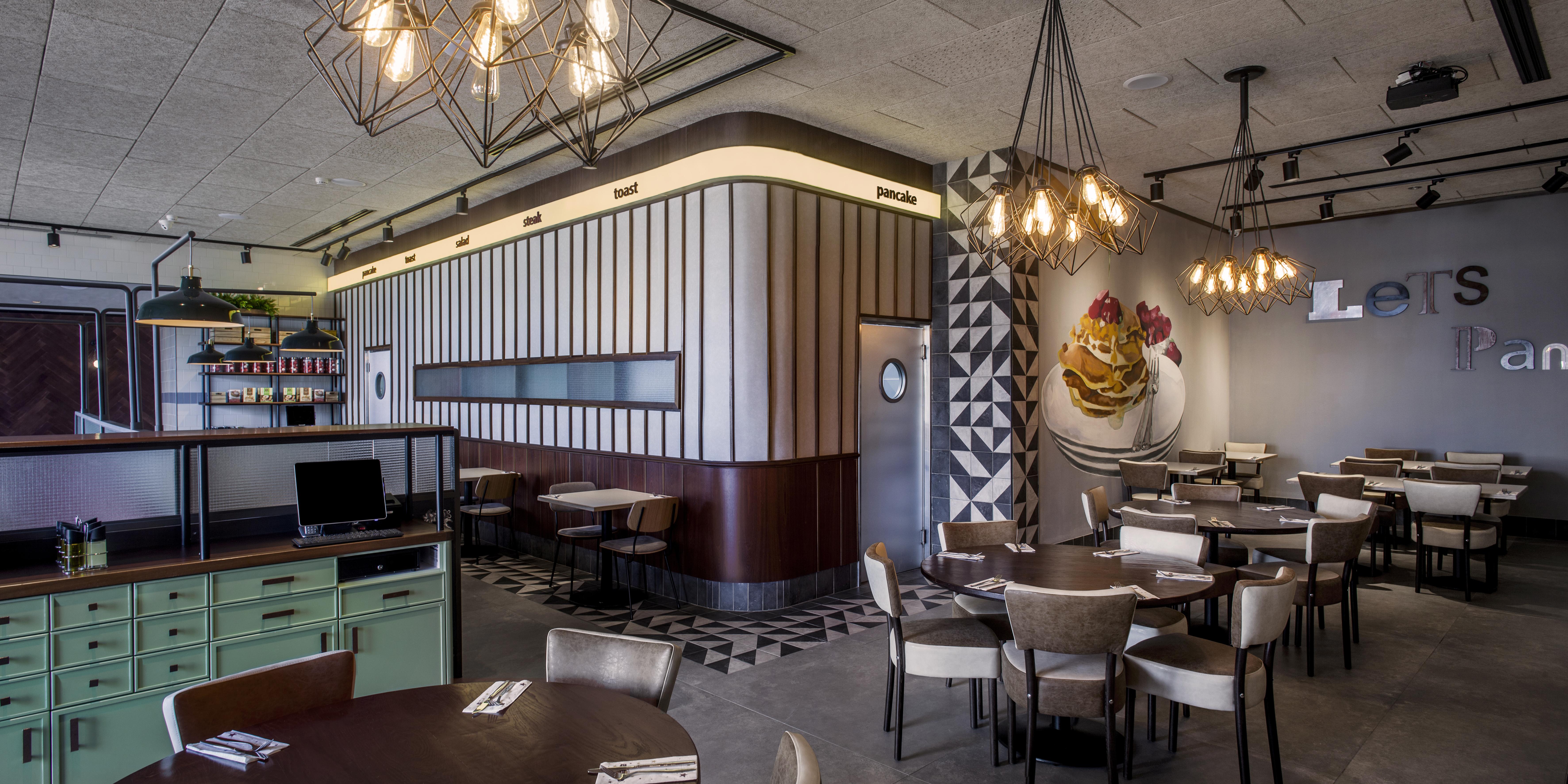 indoor diner