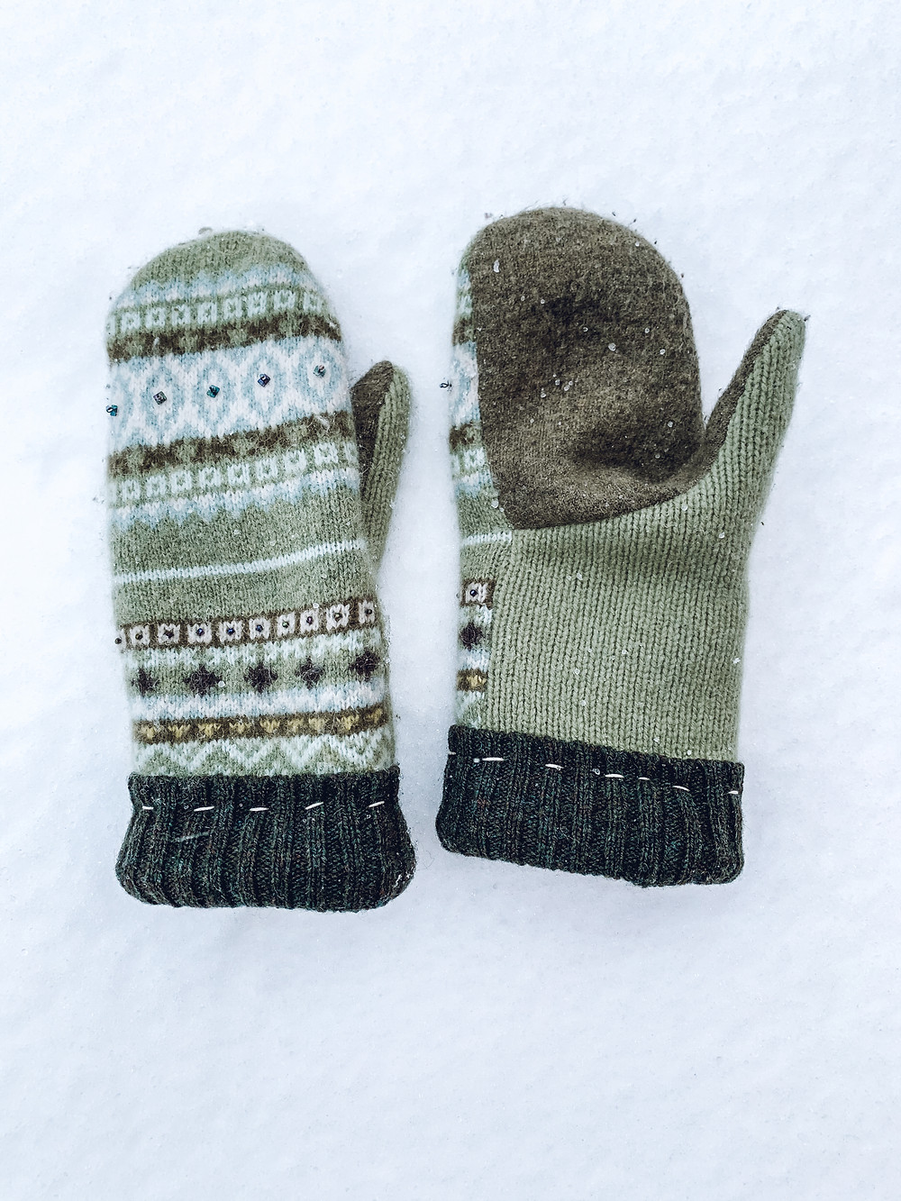 bernie sanders mittens, wool mittens, recycled wool mittens, recycled wool sweaters, upcycled wool sweater, womens wool mittens, kids wool mittens, mens wool mittens, family business, thankful thimble, hand made mittens, cashmere scarf, cashmere baby hat, recycled cashmere, upcycled cashmere, small business, ohio business, woll mitten shop, 4-H, warmest mittens, best mittens, hand sewn mittens