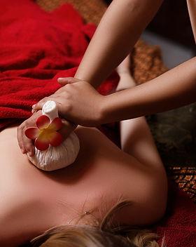 spa-thai-massage_73492-350.jpg