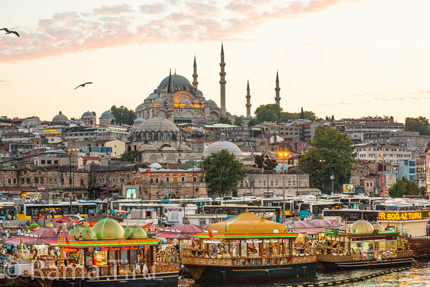 Istanbul at sunset.png
