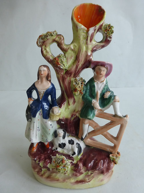 19TH CENTURY STAFFORDSHIRE PASTORAL GROUP