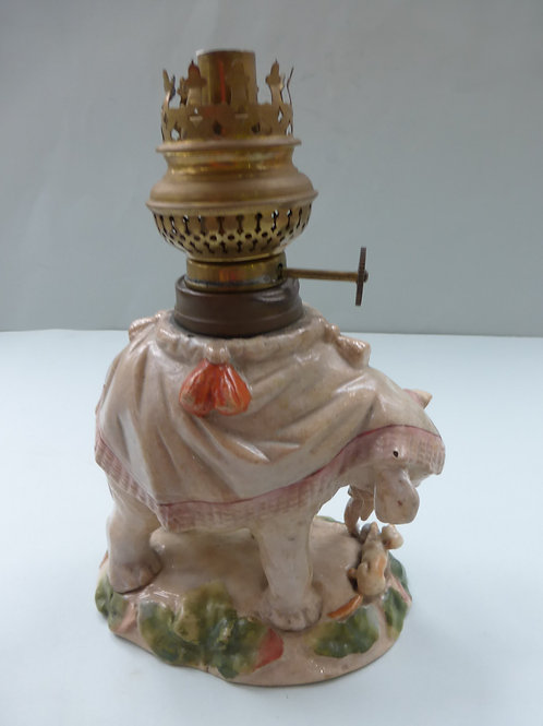 RARE 19THC. CONTINENTAL OIL LAMP WITH ELEPHANT Ref. 3772