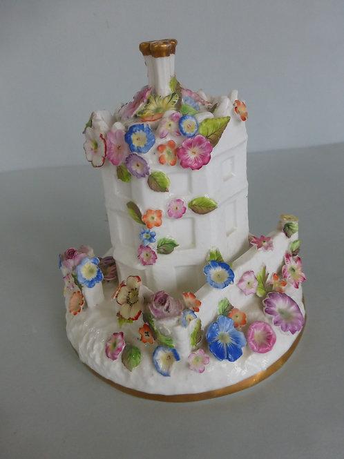 Superb 19thc. English Porcelain Staffordshire Pastille Burner Ref # 4149