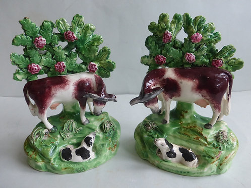 PAIR 19THC PEARLWARE WALTON TYPE GROUPS OF COW AND CALVES