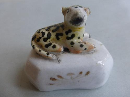 19thc. Porcellanous Staffordshire Leopard Cup c.1840 Ref # 4382