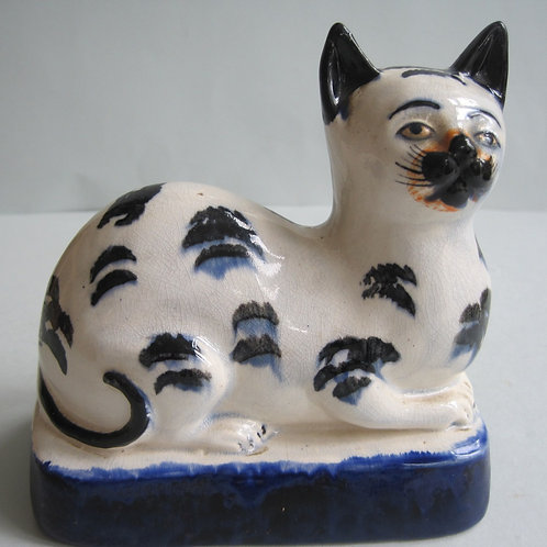 RARE 19THC STAFFORDSHIRE CAT