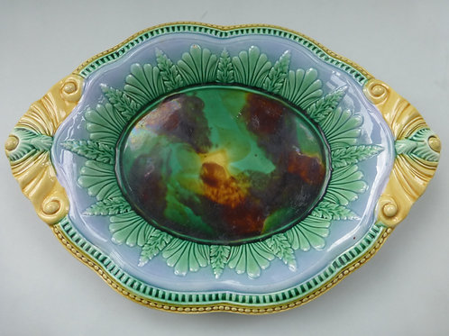 19THC MAJOLICA OVAL BREAD DISH WELL COLOURED