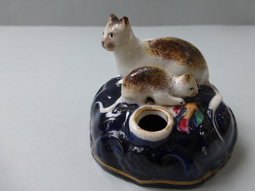 SUPERB 19THC. STAFFORDSHIRE CAT AND KITTEN INKWELL