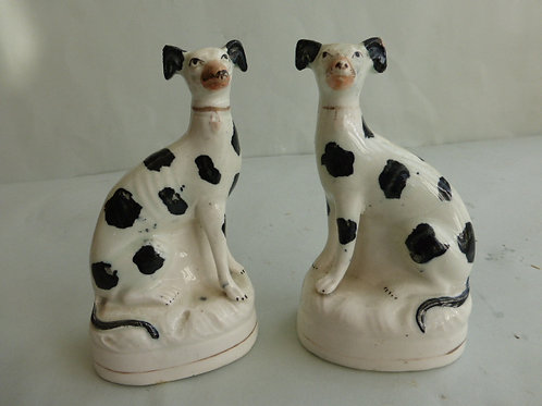 STAFFORDSHIRE DOGS # 2952