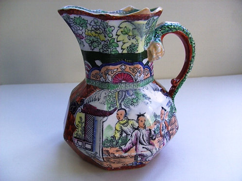 MASONS IRONSTONE JUG IN RED SCALE PATTERN