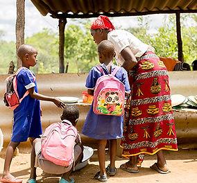 school-feeding-2.jpg