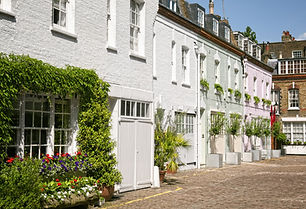 Cosy mews houses at Notting Hill.jpg
