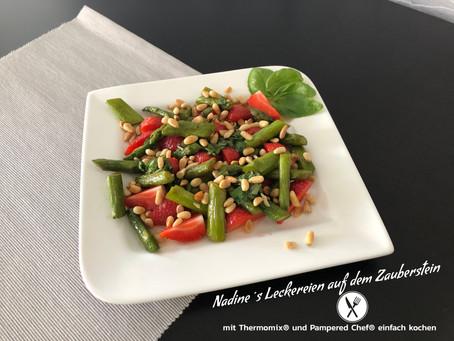 Erdbeer-Spargel Salat
