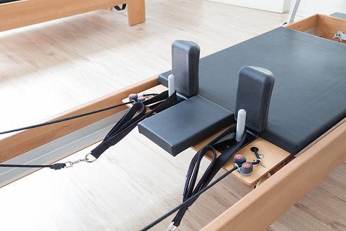 Reformer pilates studio machine for fitn