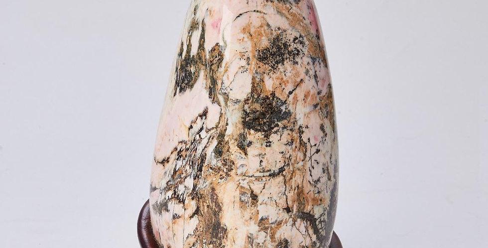 Decoration (Rhodonite, Taiwan rose stone)