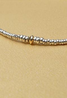 Detail-Bracelet-Mille-et-une-perles-Or-1