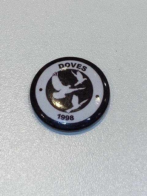 Doves pin badge
