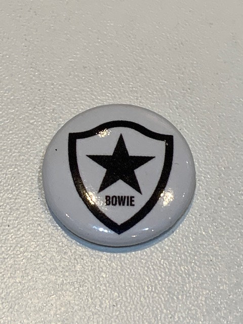 Bowie pin badge