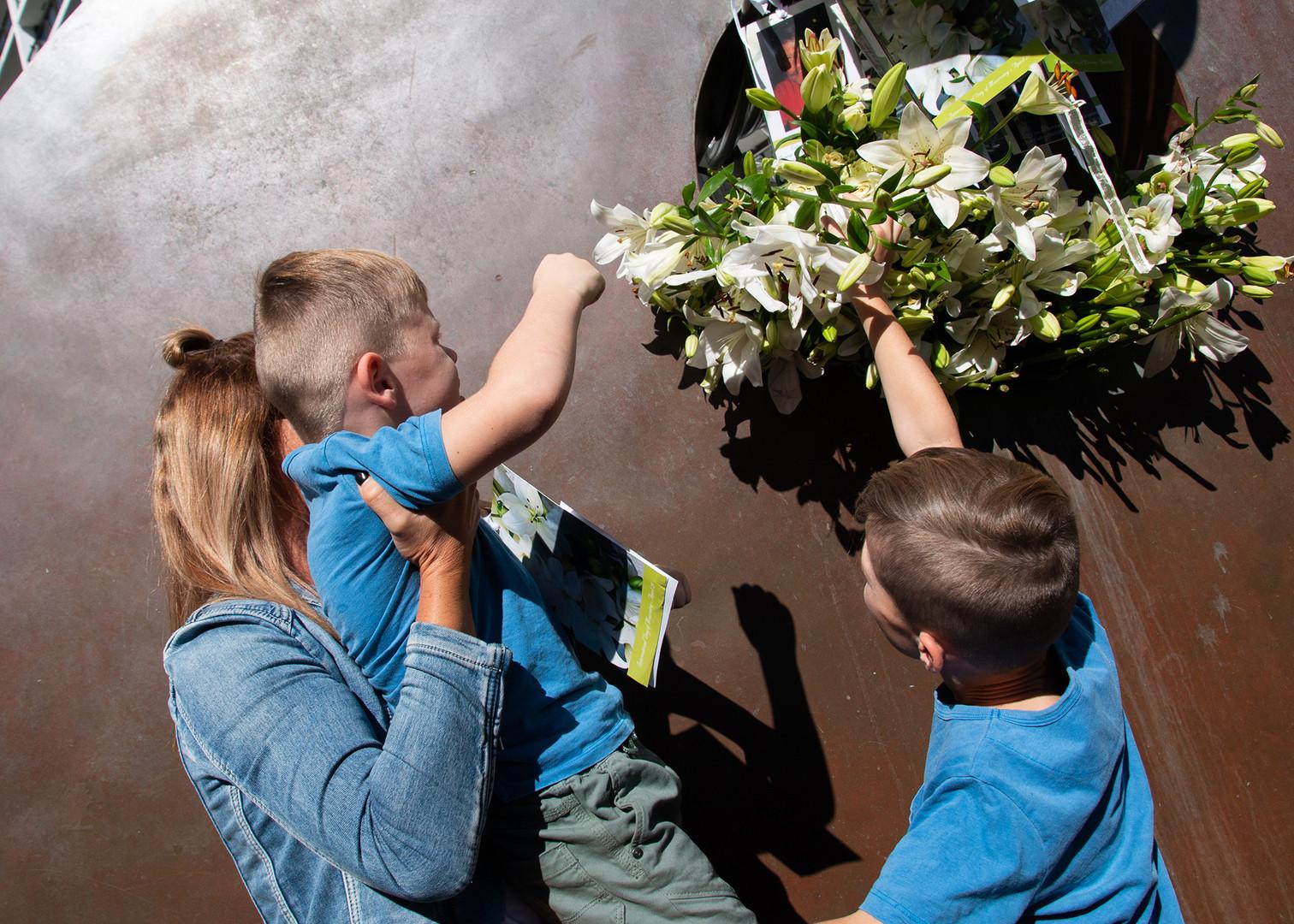 Children remember their lost Dad.