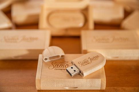 Poročni fotograf Slovenj Gradec Maribr Korška Štajerska USB ključ