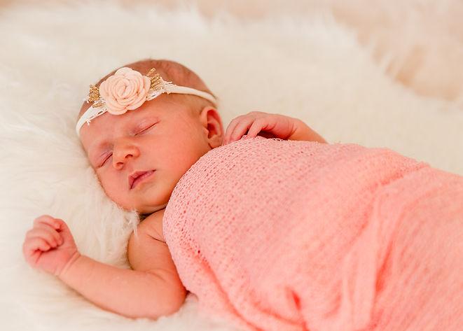 Fotografiranje_novorojenčka--4.jpg