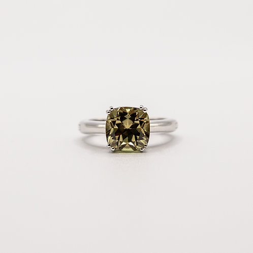 Zultanite Ring with Adjustable White Gold Band