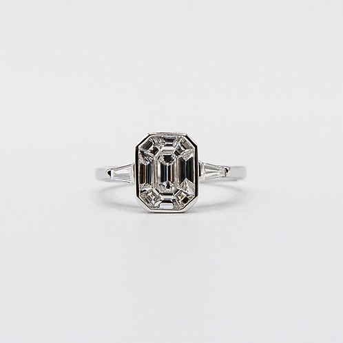 Illusion Setting Diamond Ring in White Gold