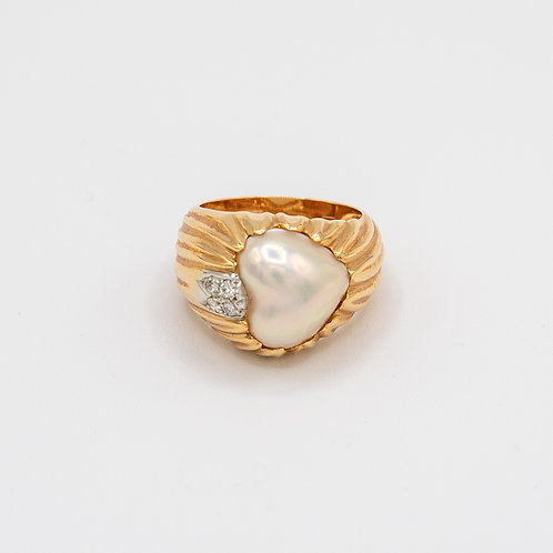 Rose Gold Ring With Heart Shaped Pearl and Diamonds