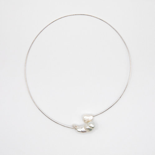 Rigid Necklace in White Gold with Baroque Australian Pearl and Fresh Water Pearl
