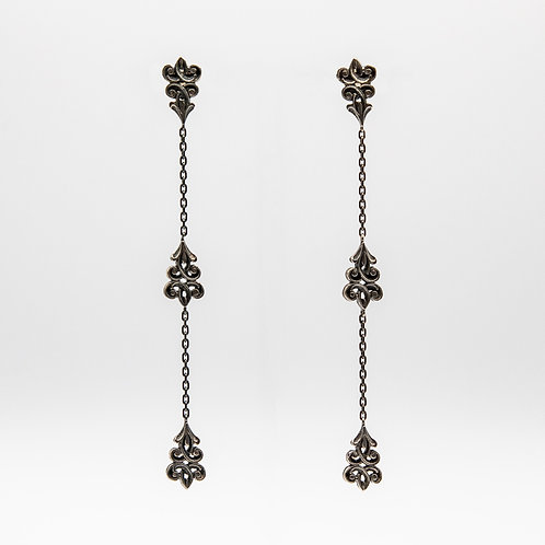 Earrings of 3 Floral Motifs joined by Black Rhodium Silver Chain