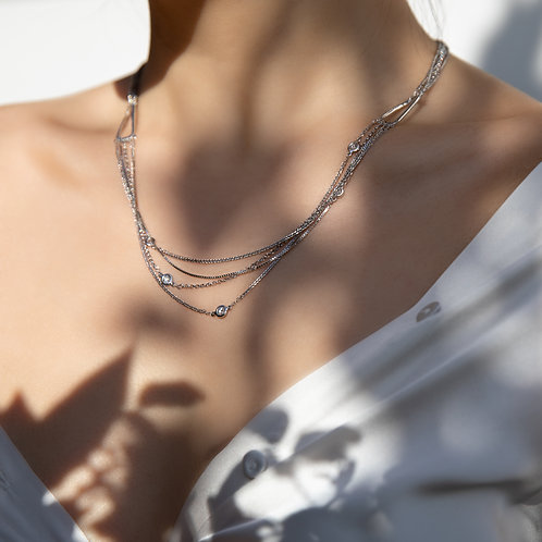 Layered White Gold Necklace Interwoven with Diamonds
