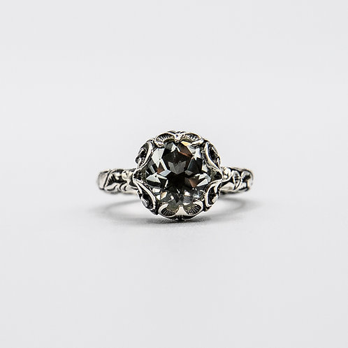 Hand Engraved Black Rhodium-Plated Silver Ring with Faceted Prasiolite