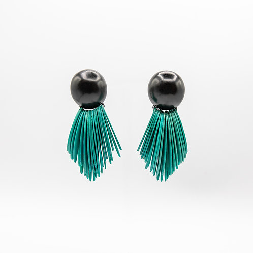 Monies Earrings of Green Acacia Wedges Combined with Ebony Button Clips