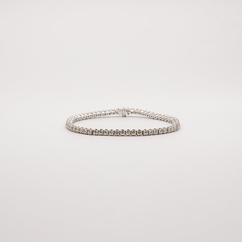 Tennis Bracelet with Handmade Frame in White Gold
