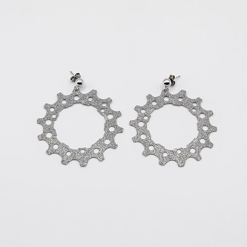 Altair Bracelet Pinion Model Earrings in Rhodium Silver with Silver Glitters