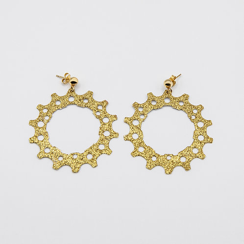 Altair Bracelet PinionModel Crown Earrings in Gold with Golden Glitters