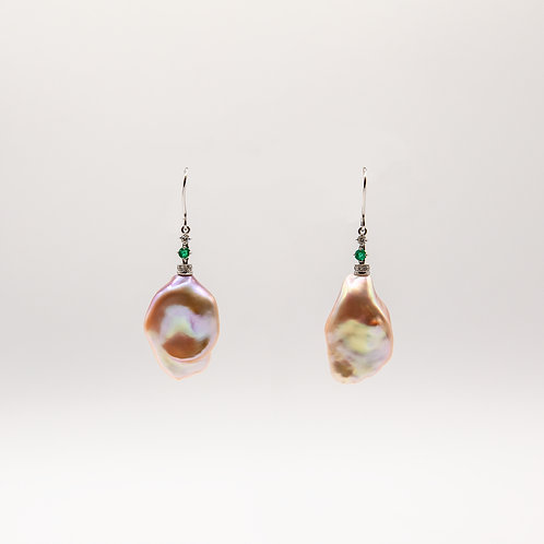 Pink Fresh Water Pearl Earrings with Emerald
