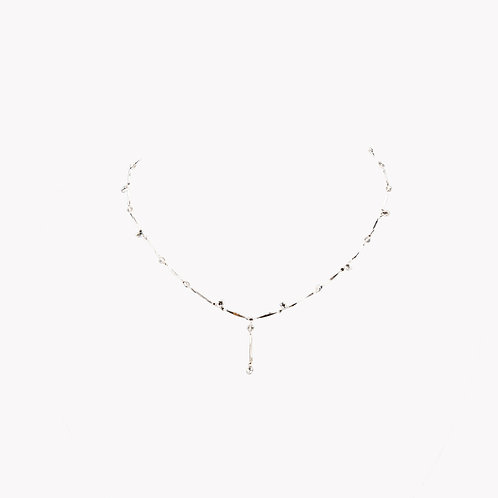 Necklace in White Gold with Diamond Drops