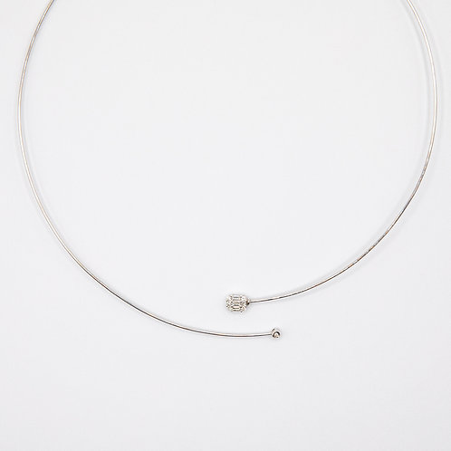 Illusion Setting Diamond Necklace in White Gold