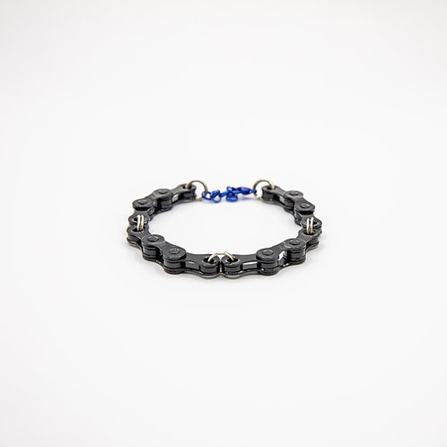Altair Bracelet Classic Model in Black with Blue Closure