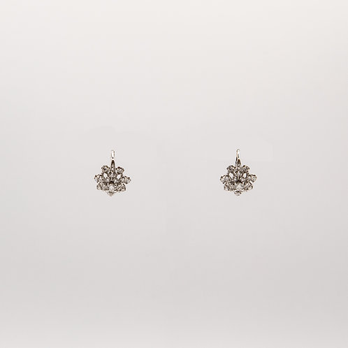 Flower Earrings with Petals Various Sizes, Closure in